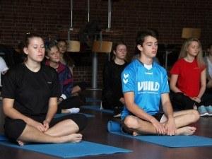Yoga på idrætsdagen