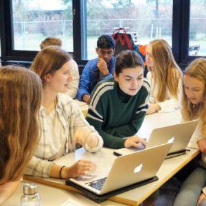 Elever på Grenaa Gymnasium arbejder med FNs verdensmål