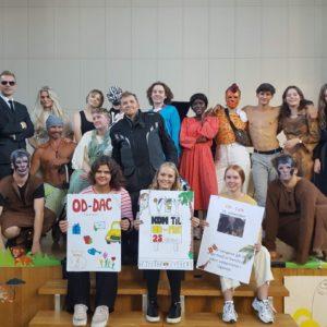 Eleverne på Grenaa Gymnasium samler ind til Operation Dagsværk