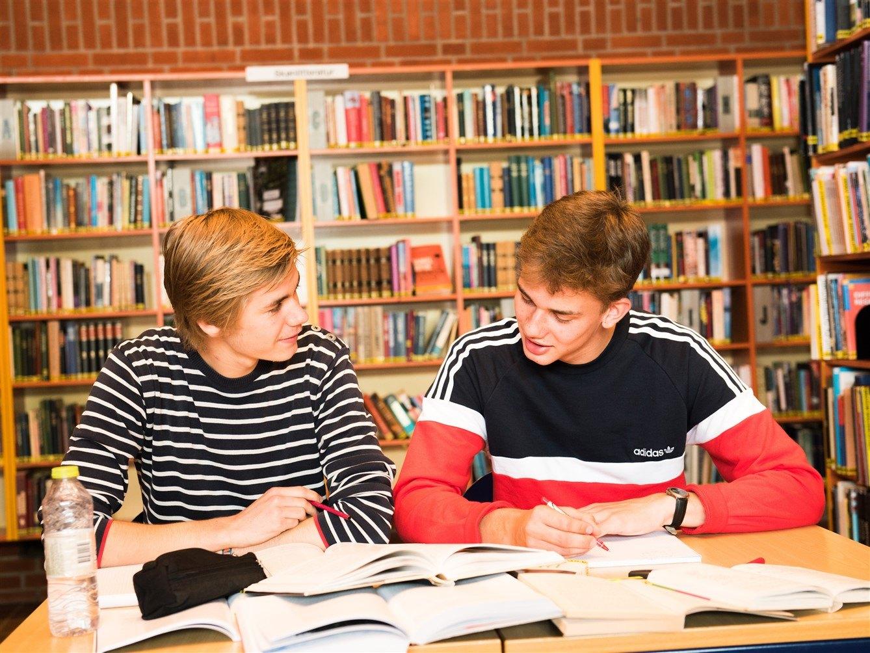 Studentereksamen STX studieretninger på Grenaa Gymnasium