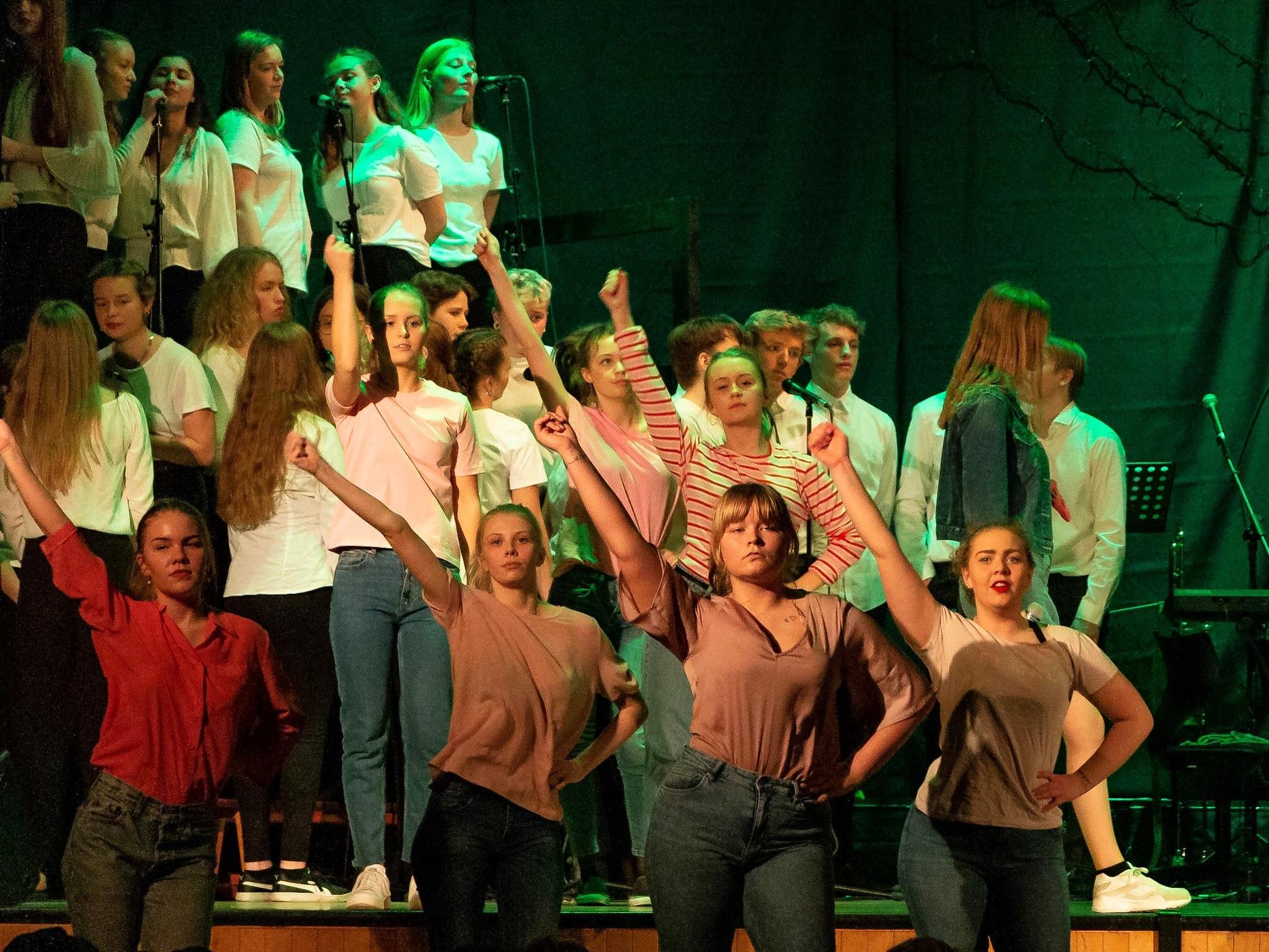 Teaterkoncert 2019 på Grenaa Gymnasium